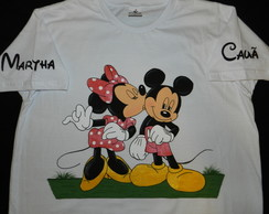 camiseta pintada MINNIE e MICKEY- beijo