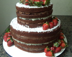 Naked Cake - Chocolate com Morangos