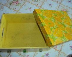 Caixa Floral Verde e Amarelo