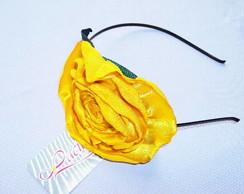 Tiara de Flor de Cetim Amarela
