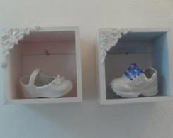 Mini nichos com sapatinhos de porcelana