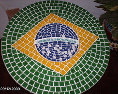 Tampo de mesa em mosaico tem�tico