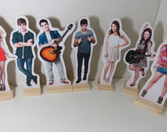 Kit com 7 displays personagens Violetta