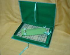 bloco de anota��es em caixa com caneta