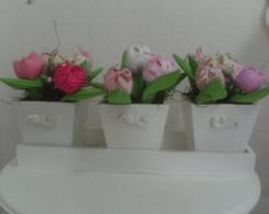 AC 003  Trio de Vasos Decorativos