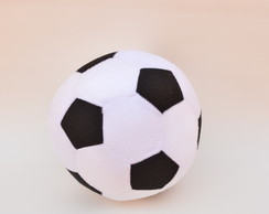 6ac36ad2d4 ... Bola de futebol grande de pelúcia.