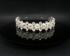 Tiara com strass CR104