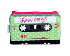 Necessaire Love Songs