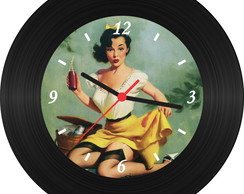 Rel�gio de Vinil - Pin Up 006