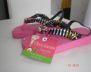 chinelo-bordado-infantil