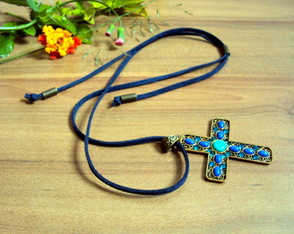 Colar Cross Azul