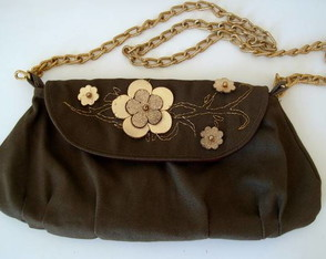 clutch-golden-flowers-50-off