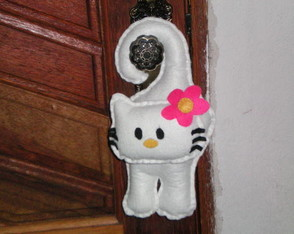 hello-kitty