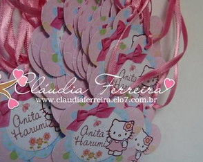 arte-selinho-e-tag-flor-tema-hello-kitty