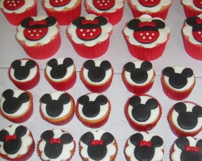 mini-cupcakes-mickey-e-minnie