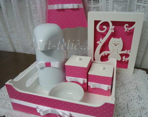 kit-de-higiene-com-quadro-decorativo