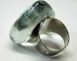 anel-de-vidro-glass-heart-ring
