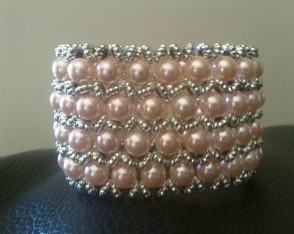 bracelete-de-perolas-mary-rose