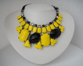 maxi-colar-yelow-summer