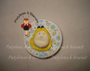 latinha-decorada-alice-de-biscuit