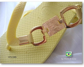 havaiana-gold-in-yellow-dourado