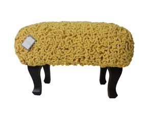 """Banqueta com croch� """"Frufru"""""""