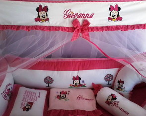 KIT PROTETOR DE BER�O E CORTINA MINNIE