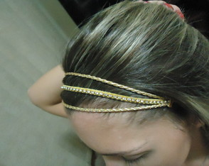 Headband Bege e Strass
