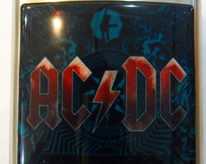 cantil-whiskeira-ac-dc-acdc