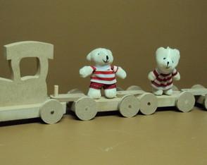 Trem decorativo e lembrancinha