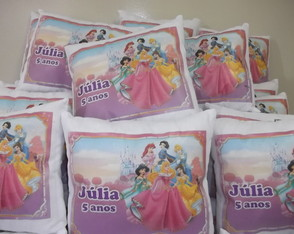 Almofada Princesas kit com 20 pe�as