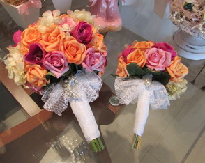 Bouquet Di Mil�o I & mini bouquet dama