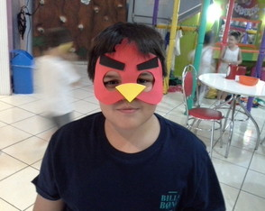 mascara-red-angry-birds-angry-birds