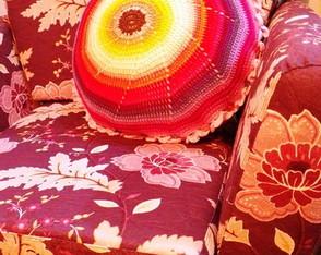 Almofada Espiral Colorida em crochet