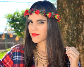 COLE��O SAM TRENDS - COROA LITTLE ROSES