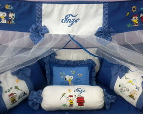 KIT DE BER�O BORDADO SNOOPY 2