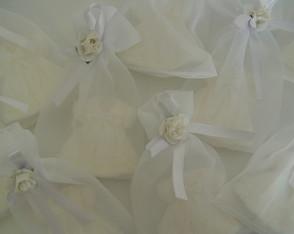 (LC 0108c) Sabonete vestido