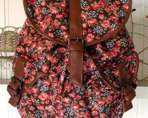 Mochila 2 Bolsos Floral Chocolate