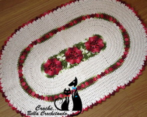 tapete-em-barbante-oval-com-flores-tapete-oval