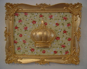 (DA 0056) Quadro coroa dourada