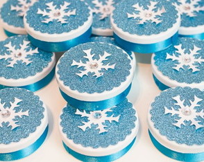Latinha Frozen - com relevo e glitter