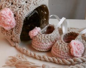 Touca e sapatilha Bonnet