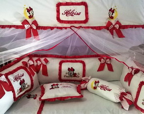 KIT DE BER�O BORDADO MINNIE
