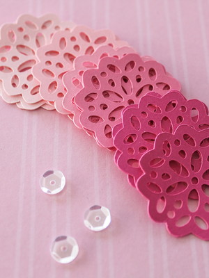 Tiny Doilies Candy (A30)