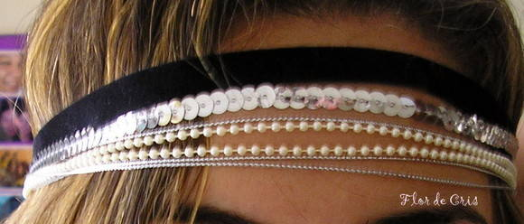 Winter Glam Rock Headband out/inv