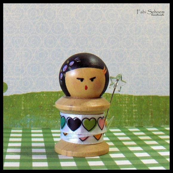 Kokeshi carretel mini