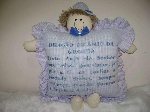 TRAVESSEIRO COM ORA��O DO ANJO GUARDA