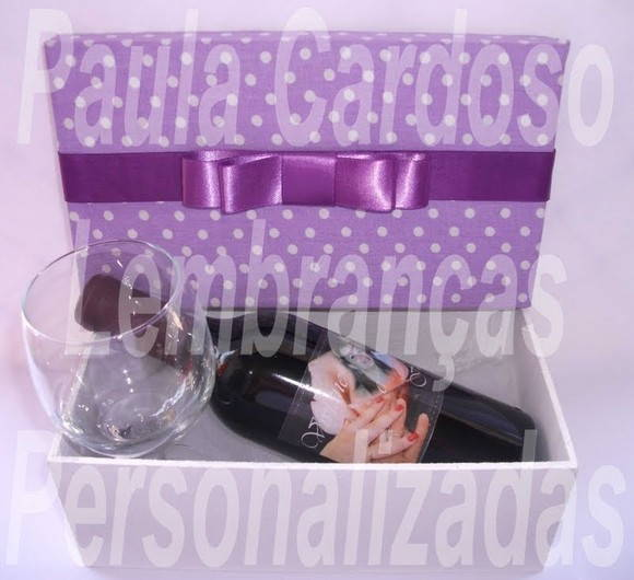 Kit Mini Vinho + Caixa de MDF + Taa