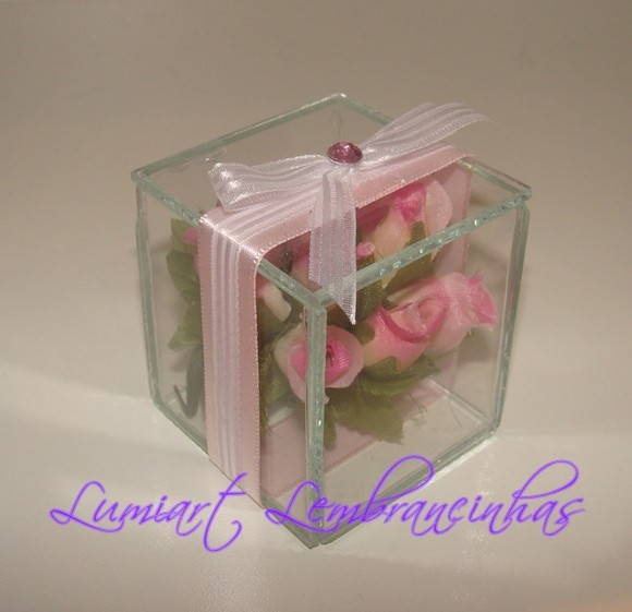 Mini bouquet na caixa 5x5 Tampa Ba�