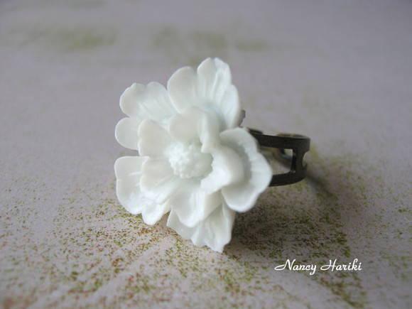 Anel sakura branco